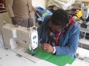 Lomtfombi sewing
